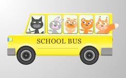 Nette Tiere in einem Bus stock abbildung