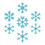 Nette umrissene Schneeflocken für Winter und Weihnachtsdesign lokalisiert auf weißem Hintergrund Stockbilder