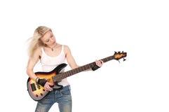Nette weibliche spielende Gitarre Stockfotos