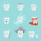 Nette Zähne mit den verschiedenen Gefühlen, die für Aufkleber eingestellt werden, entwerfen Karikatur-ausführliche Illustrationen Stockbild