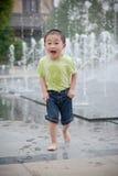 Netter asiatischer Junge Stockfotos