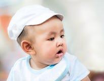 Netter asiatischer Junge Stockfoto
