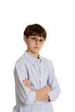 Netter beiläufiger Junge mit Gläsern Lizenzfreie Stockfotos
