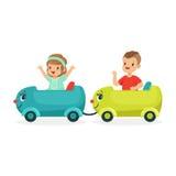 Netter glückliche kleiner Junge und das Mädchen, die einen Zug reitet, Kind haben einen Spaß in Vergnügungspark-Karikaturvektor I Stockbild