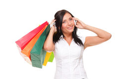 Netter Handy der jungen Frau des Porträts beim Anhalten des kaufenbas Stockfotografie