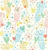 Netter Hintergrund des nahtlosen hellen Blumenmusters mit dekorativer Gekritzelbeschaffenheit der Blumen für Drucke, Gewebe, Handw Lizenzfreie Stockfotografie