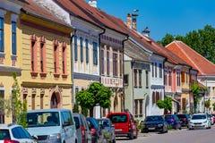 Netter kleiner österreichischer Dorf Rost Stockbilder