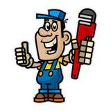 Netter Klempner, der Rohrschlüssel hält Lizenzfreie Stockbilder