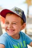 Netter lächelnder Junge Lizenzfreie Stockfotografie