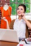 Netter Modedesigner lizenzfreie stockbilder