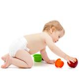 Netter Säuglingsjunge mit Apfel Lizenzfreies Stockfoto