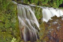 Netter Schuss mit einem nikon d3300 Wasserfall in Italien Lizenzfreies Stockbild