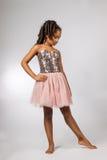 Netter Tanz des kleinen Mädchens stockfotografie