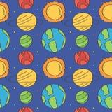 Netter und bunter Raum kritzelt nahtlosen Musterhintergrund mit Sternen und Planeten Stockfotos