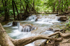 Netter Wasserfall in Thailand Lizenzfreie Stockfotos