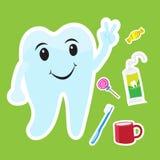 Netter Zahnkarikaturaufkleber stellte auf blauen Hintergrund ein Lizenzfreies Stockfoto