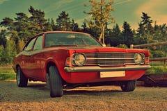 Nettes altes Auto mit Retro- Effekt stockfoto