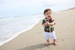 Nettes Baby am Strand Lizenzfreies Stockfoto