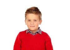 Nettes blondes Kind mit rotem Trikot Lizenzfreies Stockfoto