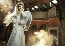 Nettes blondie als Engel Stockfotos
