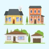 Nettes buntes flaches Immobilienhäuschen und -haus des Arthausdorfsymbols entwerfen buntes Wohngebäude Stockfotografie
