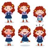 Nettes gelocktes rotes Haarmädchen, das verschiedene Gefühle zeigt vektor abbildung