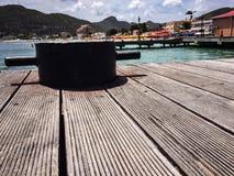 Nettes Holz auf dem Hafen von Jamaika Lizenzfreies Stockfoto