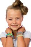 Nettes kleines Mädchen mit moderner Frisur Stockfotos