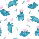 Nettes nahtloses Muster des rosa und blauen Aquarells mit den Karikaturart-Flusspferdbabys, die mit Wasser lillies spielen, blüht stock abbildung