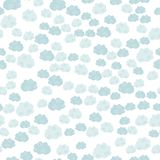 Nettes nahtloses Muster mit Wolken Lizenzfreies Stockbild