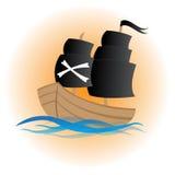 Nettes Piratenschiff auf dem Meer mit orange Steigung Lizenzfreie Stockfotos