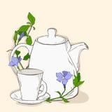 Nettes Plakat mit Teekanne und Schale und Blumen des Singrüns Stockfotografie