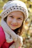 Nettes Portrait des kleinen Mädchens Stockfotos