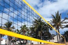 Netto het volleyball van het strand Stock Foto