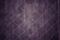 Netto tappningmetall och grungebakgrund Arkivbilder