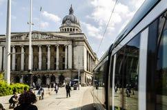 NETTO Tram en het de Raad Huis in Nottingham royalty-vrije stock foto