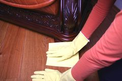 Nettoyage de l'étage. Photographie stock