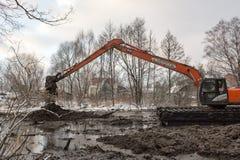Nettoyage de la rivière de Malashka Images libres de droits