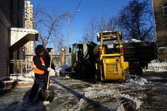 Nettoyage de neige Photo stock