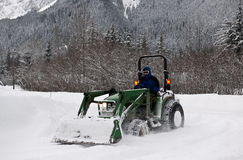 Nettoyage de neige. photographie stock