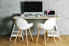 Nettoyez l'intérieur avec le lieu de travail Photo stock