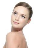 Nettoyez la peau du femme images stock