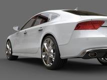 Nettoyez le tir automobile d'angle faible de queue d'affaires blanches modernes Photos libres de droits