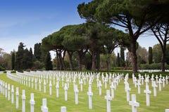 NETTUNO - Kwiecień 06: Grobowowie, Amerykański wojenny cmentarz amerykanin Obraz Stock