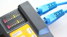 Netwerkcontrole stock footage