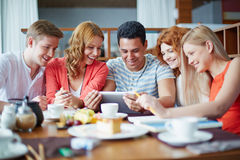 Networking w kawiarni Zdjęcie Royalty Free