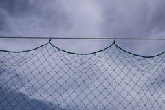 Netz mit Himmelhintergrund stockbild