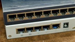 Netz-Schalter für fünf und acht Häfen Stockfoto