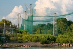 Netze in der ornithologischen Station Litauen Vente-Kaps stockfotografie