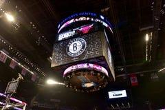 Netze gegen Stier-Basketball in Barclays-Center stockfotografie